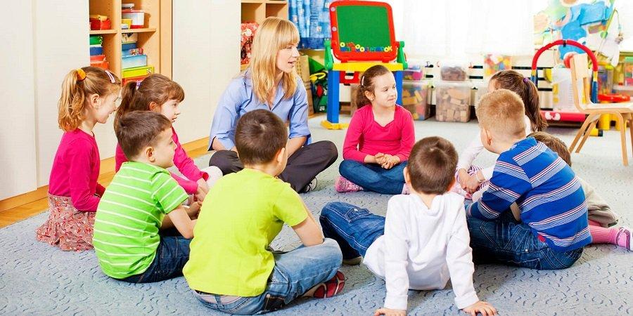 Evde Keyifli Vakit Geçirebileceğiniz Çocuk Aktiviteleri