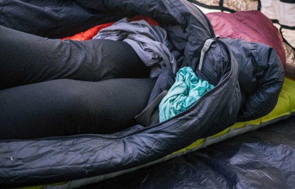 kamp uyku tulumu sıcak tutma